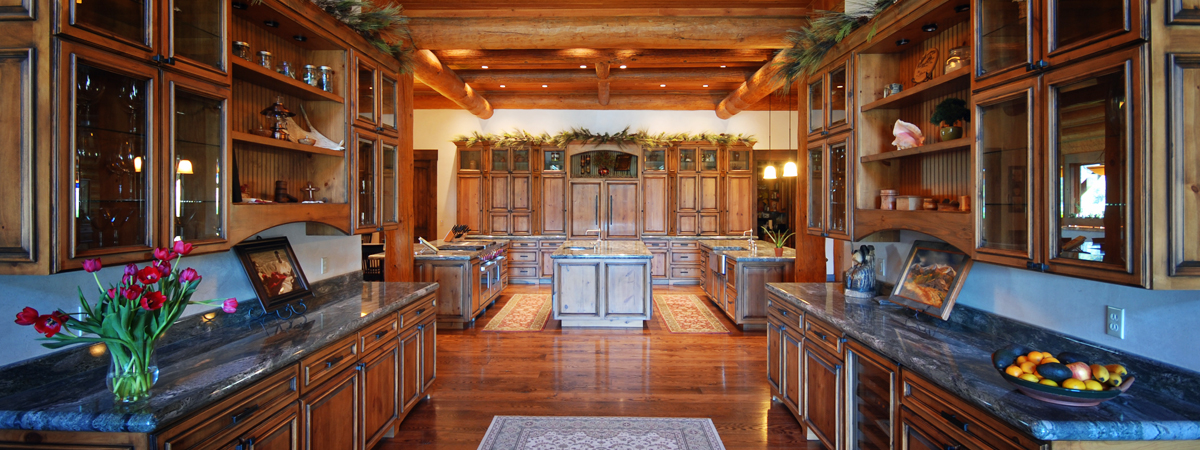 Montana Luxury Lodge - the Kitchen of the Silver Bow Club