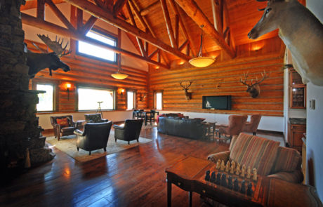 Luxury Resorts Montana, Lounge at the Silver Bow Club, Montana