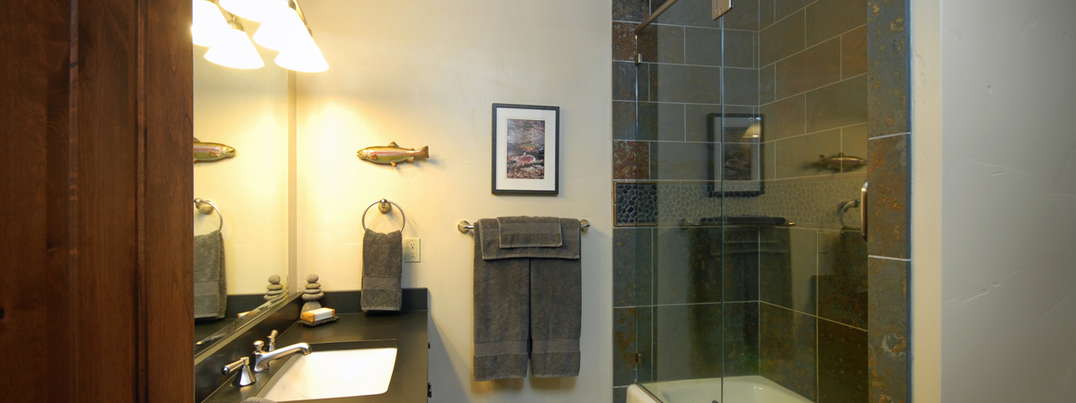 Montana Luxury Resort - The Bathroom Sporting Suite at the Silver Bow Club in Montana