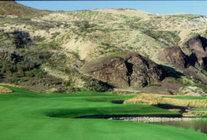 Play Golf while staying at the Silver Bow Club in Montana