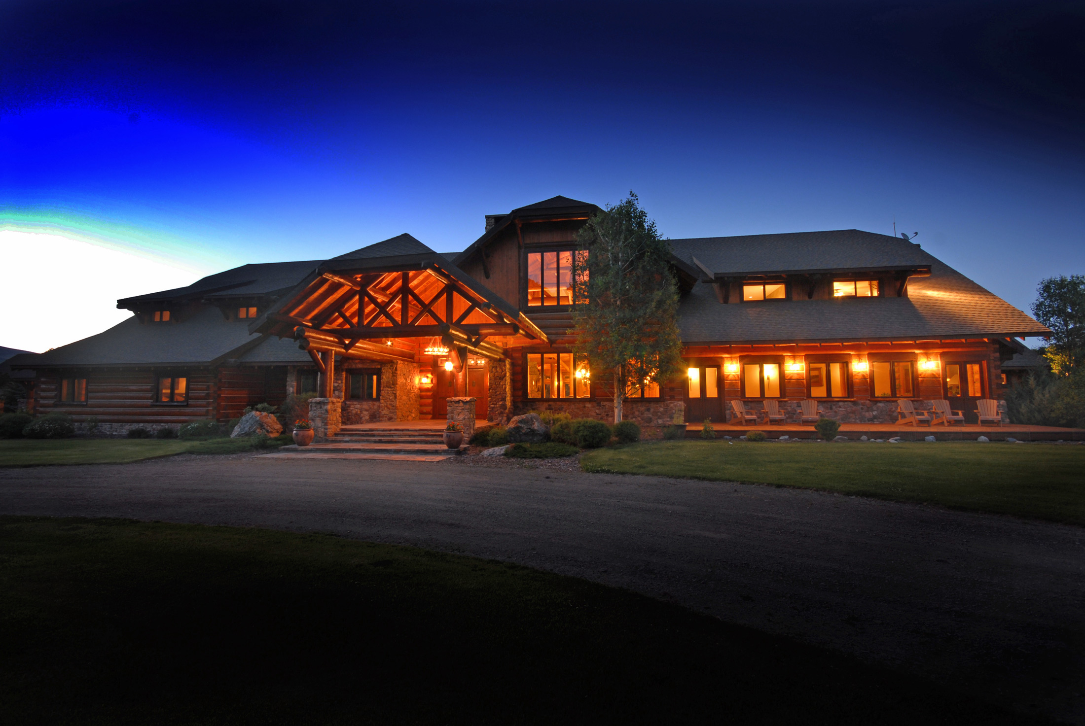 Luxury Montana Fishing Lodge, the Silver Bow Club