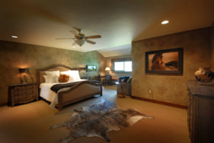 Equestrian Suite at the Silver Bow Club Montana