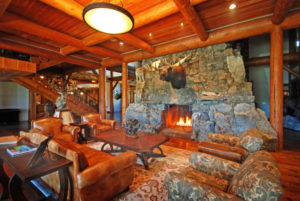 Luxury Resorts Montana, Fireplace in Great Room at the Silver Bow Club