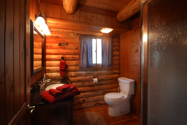 Montana Fly Fishing Cabin, Salmonfly Cabin Bathroom on the Big Hole River